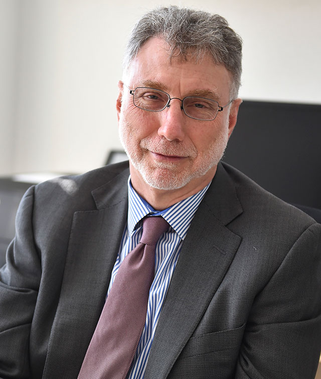 Photo of Washington Post Editor Martin Baron.
