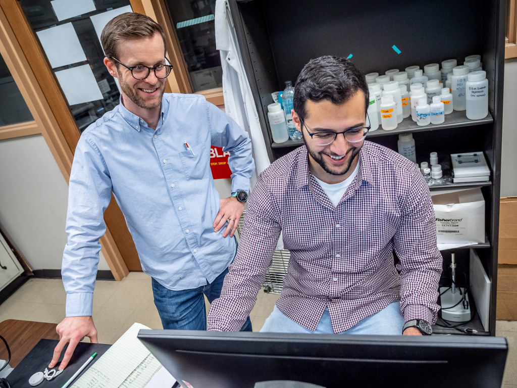 O'Neil works with senior Frank Rabboh, who is working on a grant of his own from the New Jersey Space Grant Consortium to develop 3D printed sensors that could be used on a long-term space mission.