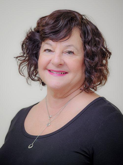Headshot of Lorraine Thierry.