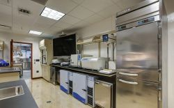 University Hall Nutrition Lab