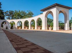 College Avenue Promenade archways & Segal statues