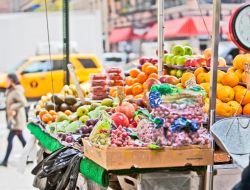 Fruit stand in on street in New York.