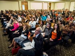 Photo of the crowd for Jhumpa Lahiri's visit to campus.