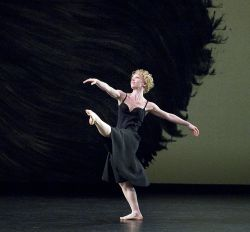 Lauren Grant in <em>Mozart Dances</em>