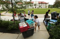 Students moving into Montclair State with all of their belongings.