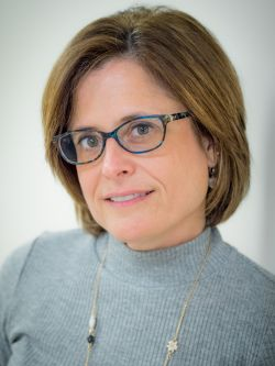 Headshot of Prof. Wendy Zeitlin.